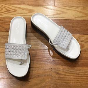 Donald J Pliner Fifi White Platform Thong Sandal